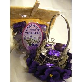 """Caramels à la violette """"Spécialité de la maison"""""""